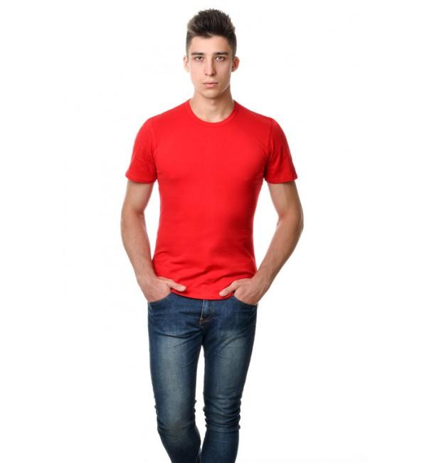 Красные мужские футболки