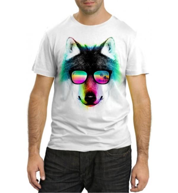 Модная футболка Волк на отдыхе