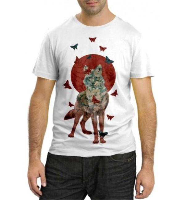 Модная футболка Волчица