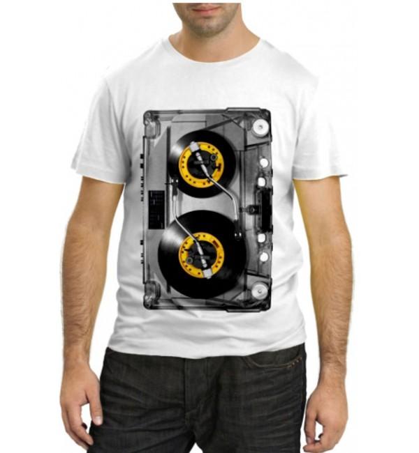 Модная футболка Аудиокассета