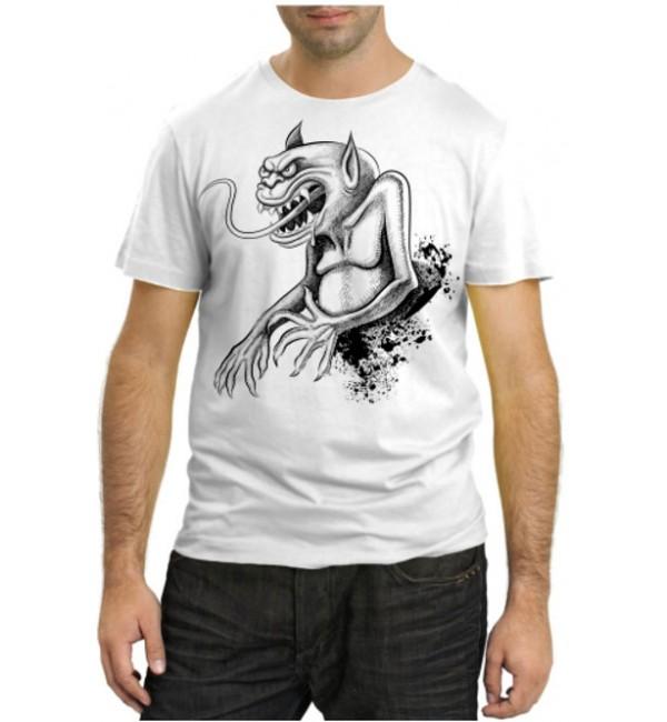 Модная футболка Бес