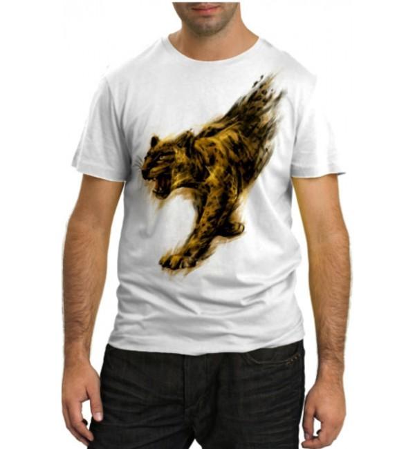 Модная футболка Хищница