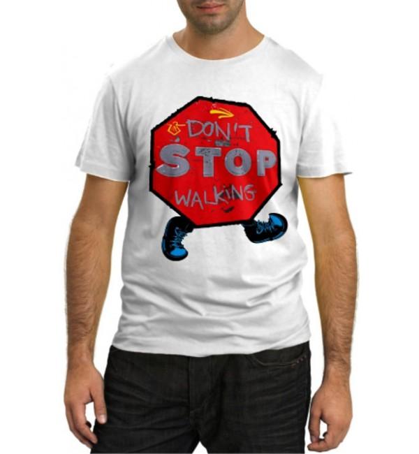 Модная футболка Не стой, шагай