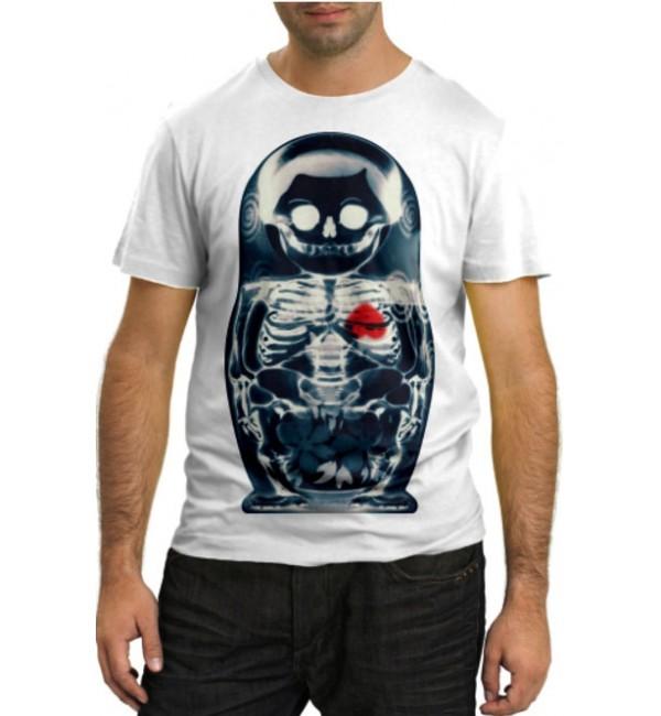 Модная футболка Внутри матрешки